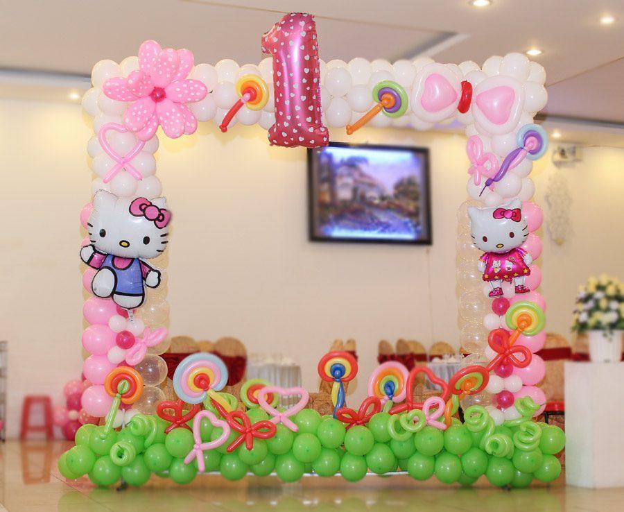 Trang trí khung hình bong bóng sinh nhật Kitty