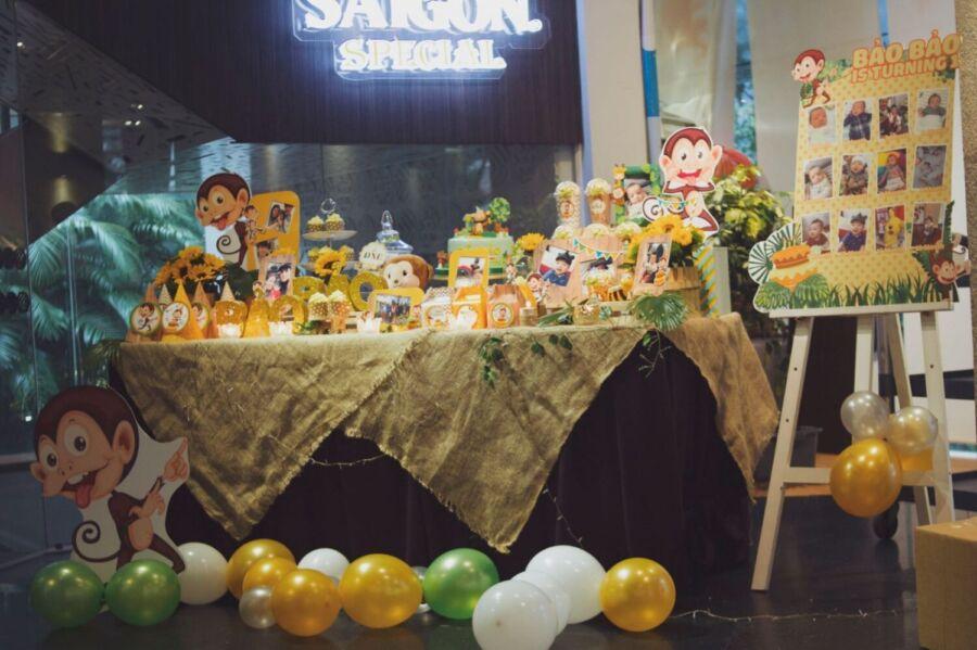 tổ chức sinh nhật 1 tuổi của bé trai tại nhà hàng