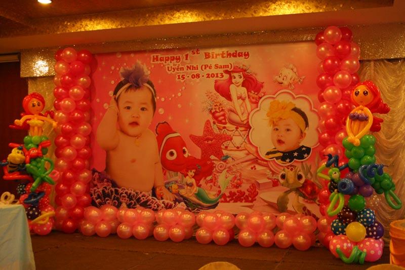 trang trí bong bóng sinh nhật bé giái