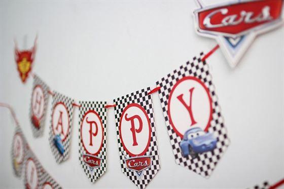 banner sinh nhật MCQueen