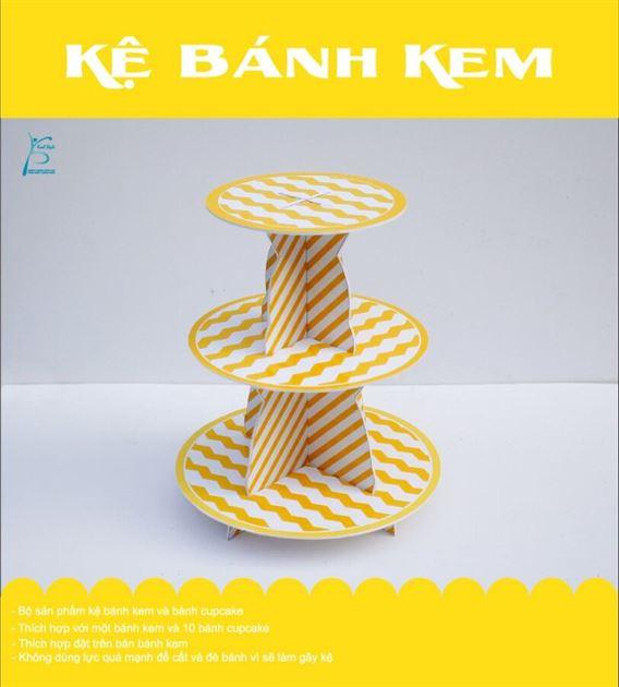 Bộ kệ bánh kem sinh nhật màu vàng zigzag