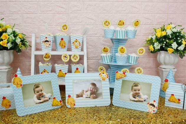 Bộ khung ảnh sinh nhật trong full set trang trí