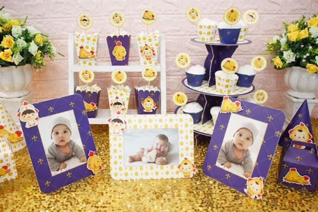 Bộ khung ảnh sinh nhật trong full set bé trai với màu xanh hoàng gia