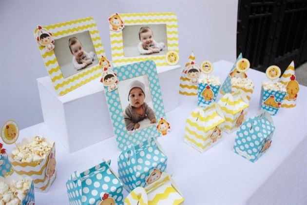 Bộ phụ kiện sinh nhật cho bé trai tuổi gà màu xanh min vàng