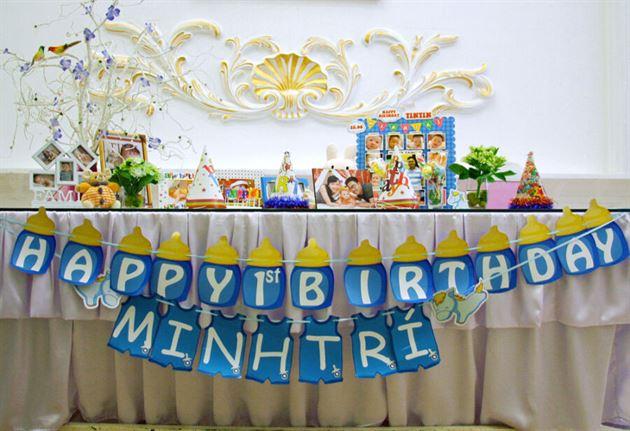 Cách trang trí bàn sinh nhật bé