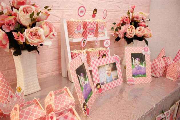 Set mini trang trí sinh nhật cho bé gái tông hồng đáng yêu