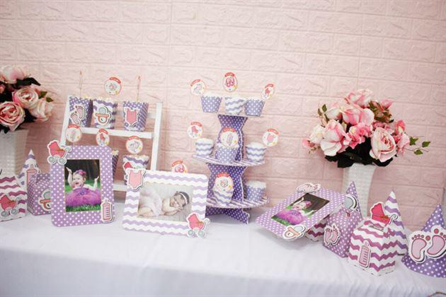 Trang trí bàn tiệc sinh nhật với full set bé gái màu tím
