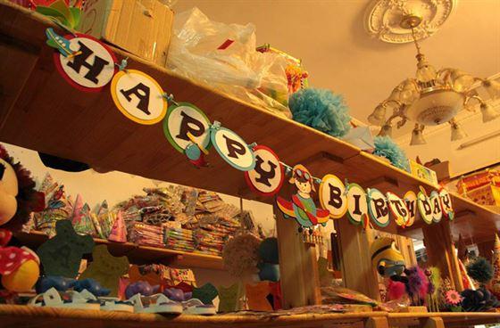 Đồ trang trí sinh nhật cho bé