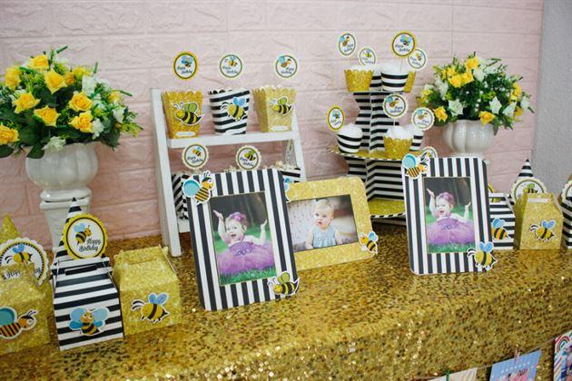 Full set bé ong trang trí sinh nhật đẹp và sang trọng