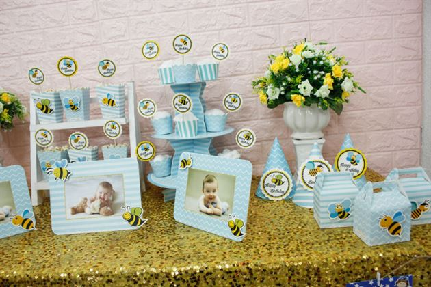 Góc bàn sinh nhật trang trí full set bé ong màu xanh da trời
