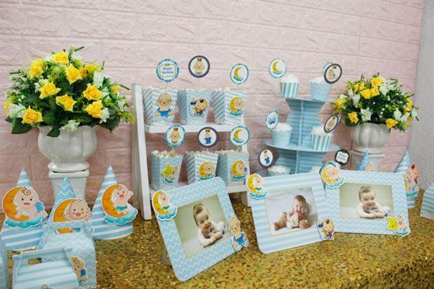 Cận cảnh bàn tiệc trang trí full set Baby Boy màu xanh da trời