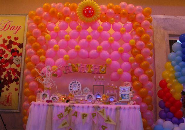 Hình ảnh trang trí bàn tiệc sinh nhật