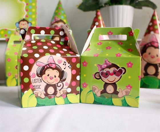 Hộp quà sinh nhật bé gái Tuổi Khỉ