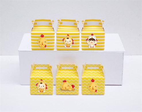 Hộp quà sinh nhật bé trai tuổi gà màu vàng hoàng gia