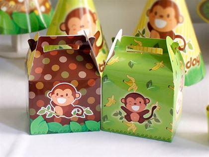 Hộp đựng quà bé trai tuổi khỉ