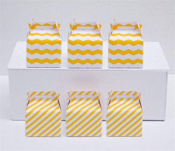 Hộp quà sinh nhật màu vàng sọc zigzag