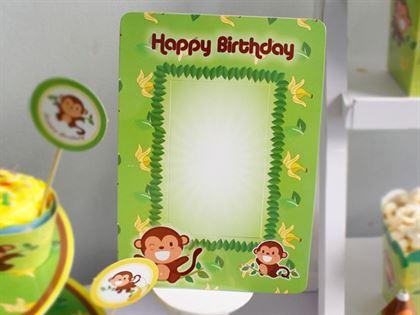 Khung hình sinh nhật chủ đề bé trai tuổi khỉ