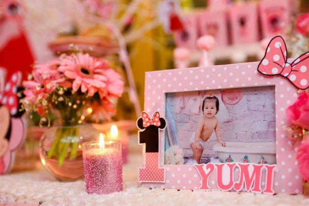 Khung ảnh sinh nhật trang trí trên bàn