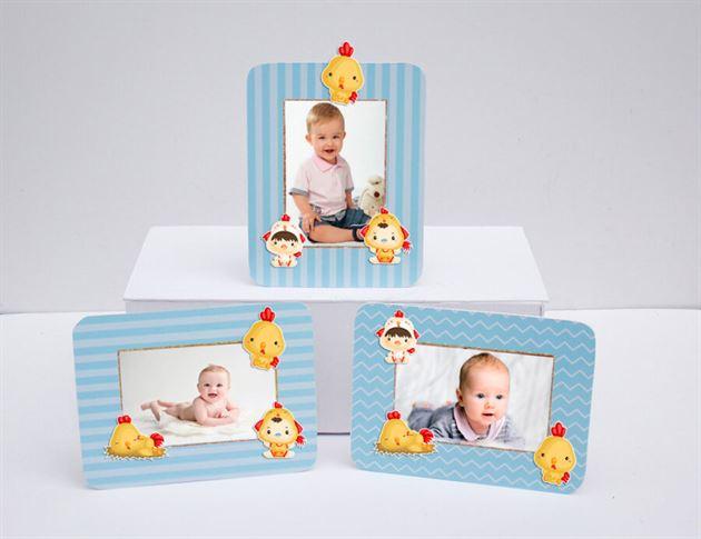 Khung hình sinh nhật bé trai tuổi gà màu xanh da trời