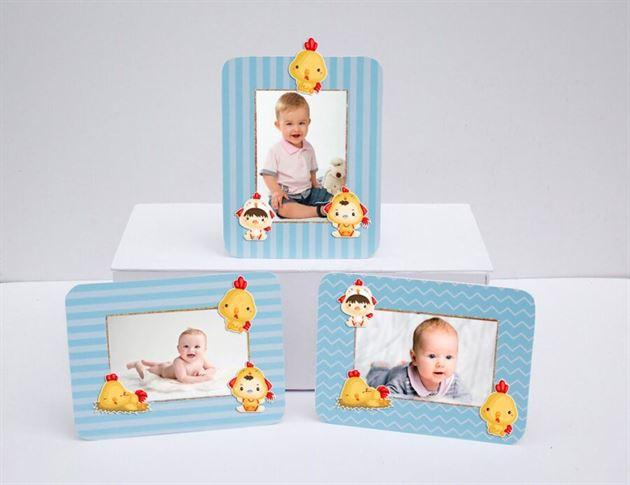Khung hình sinh nhật bé trai tuổi gà màu xanh dương