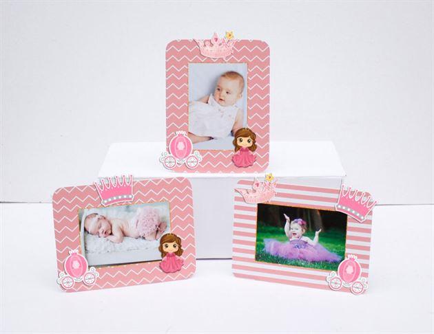 Tem khung hình sinh nhật công chúa màu hồng hoàng gia