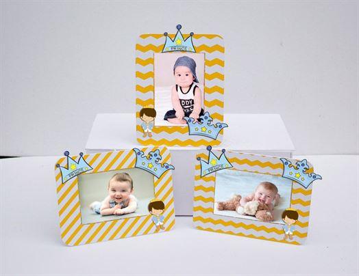 Khung hình sinh nhật Hoàng Tử màu vàng zigzag