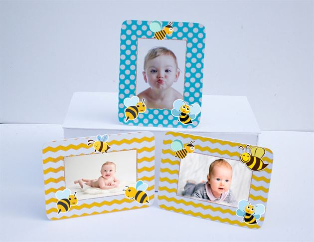 Khung hình sinh nhật Bé Ong màu vàng xanh min