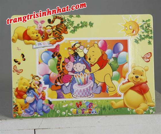 Khung hình sinh nhật đặt bàn chủ đề gấu Pooh