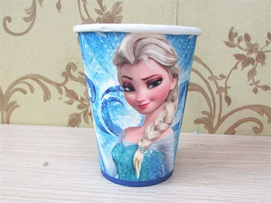 Ly giấy sinh nhật chủ đề Frozen