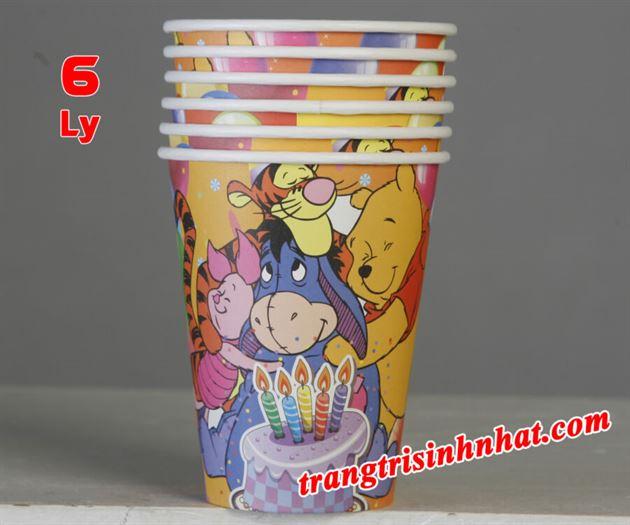 Ly giấy sinh nhật chủ đề Gấu Pooh