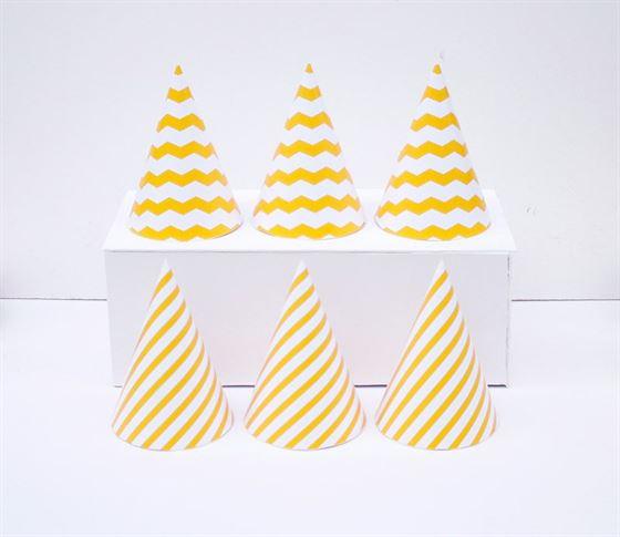 Nón sinh nhật màu vàng sọc zigzag