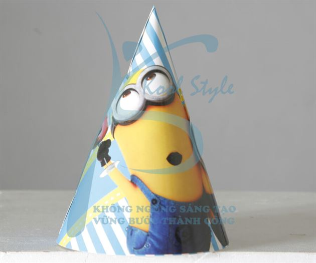 Nón sinh nhật chủ đề Minion