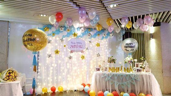 trang trí phòng tiệc sinh nhật
