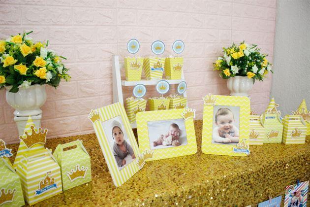 Trang trí bàn tiệc với set mini vàng hoàng gia lung linh