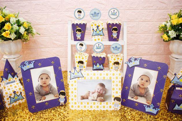 Tông màu xanh hoàng gia kết hợp cùng hoàng tử baby đáng yêu