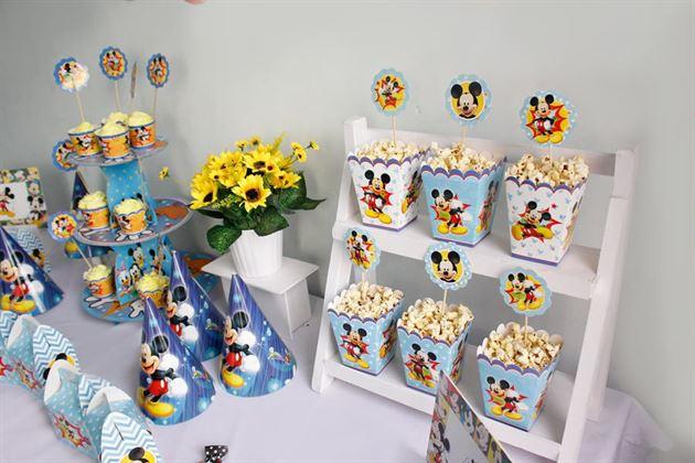 Phụ kiện trang trí thôi nôi cho bé chủ đề Mickey