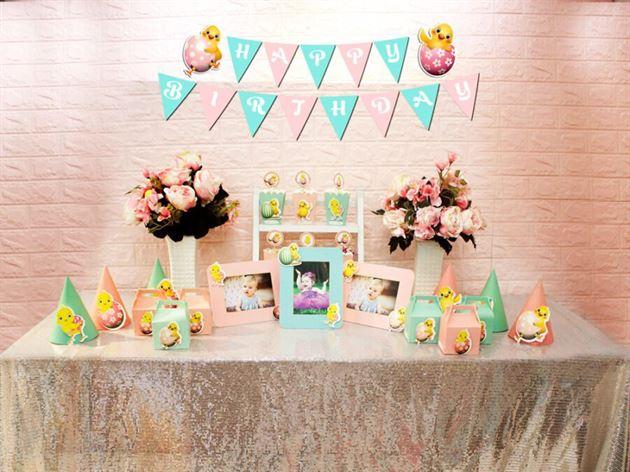 Set phụ kiện sinh nhật bé gái tuổi gà màu hồng xanh min