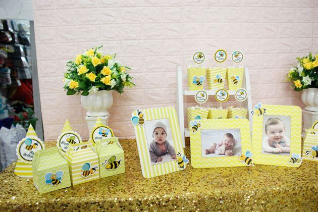 Set mini trang trí thôi nôi bé tông màu vàng hoàng gia sang trọng