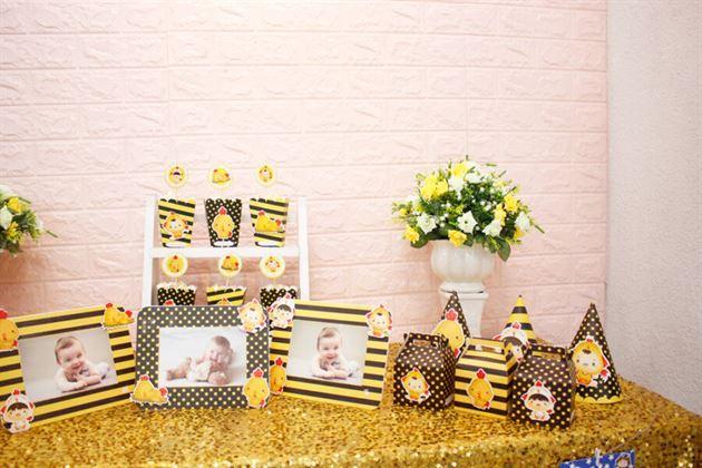Set phụ kiện mini trang trí sinh nhật bé gà trai