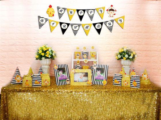 Set phụ kiện sinh nhật bé trai tuổi gà màu đen kim tuyến