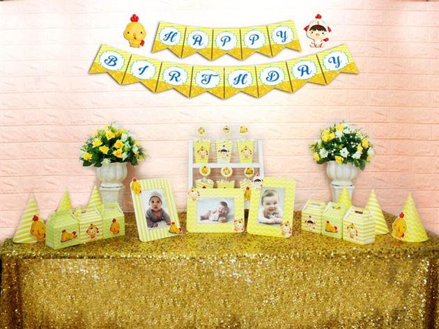 Set phụ kiện sinh nhật bé trai tuổi gà màu vàng hoàng gia