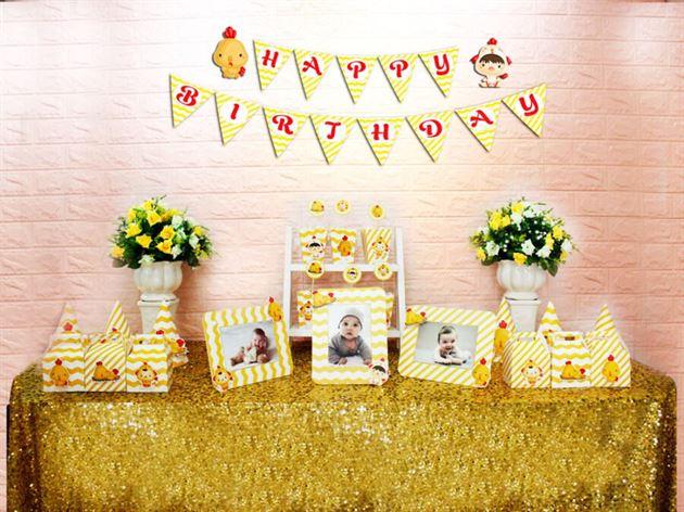 Set phụ kiện sinh nhật bé trai tuổi gà màu vàng zigzag