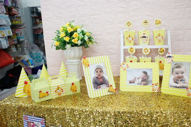 Set mini phụ kiện sinh nhật bé gà trai