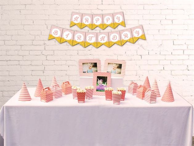 Set phụ kiện sinh nhật màu hồng hoàng gia