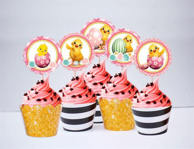 Tem bánh cupcake bé gái tuổi gà màu đen kim tuyền