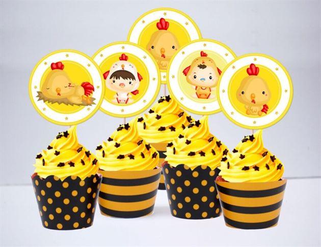 Tem bánh cupcake be trai tuổi gà màu vàng đen
