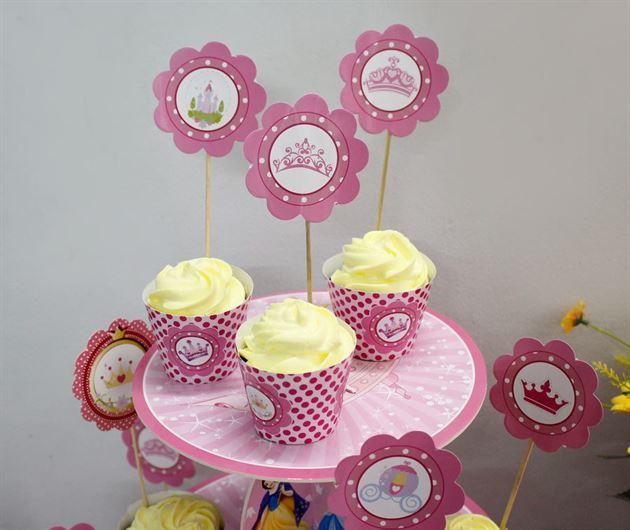 tem bánh cupcake sinh nhật