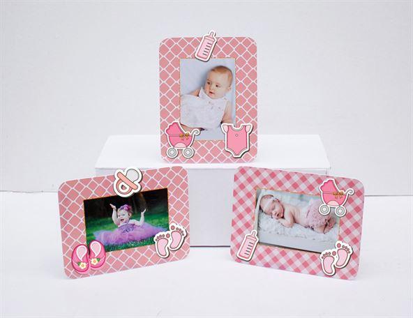 Khung hình sinh nhật baby girl màu hồng lưới