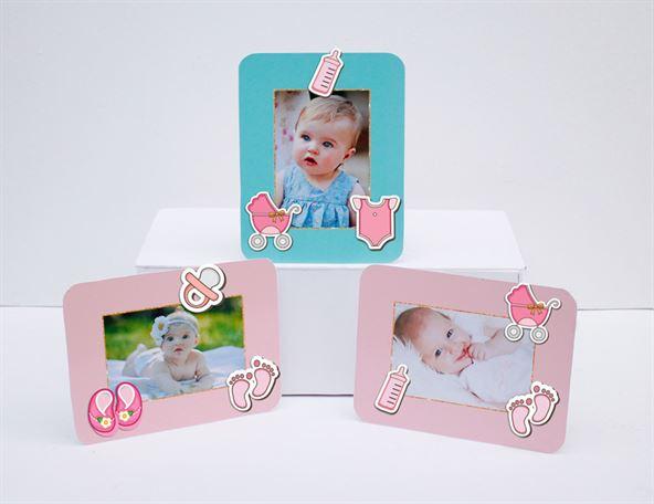 Khung hình sinh nhật baby girl màu hồng xanh min