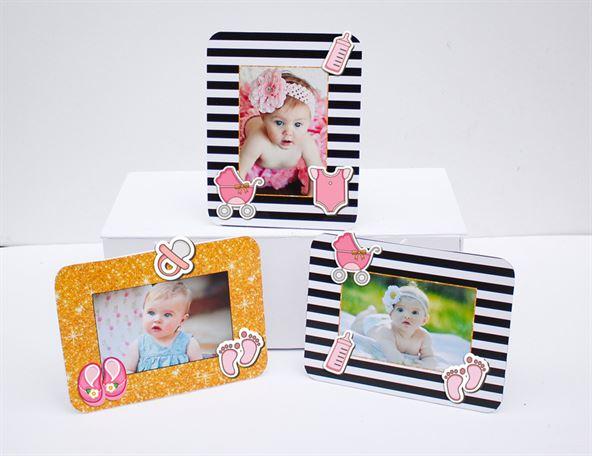 Khung hình sinh nhật baby girl màu đen kim tuyến